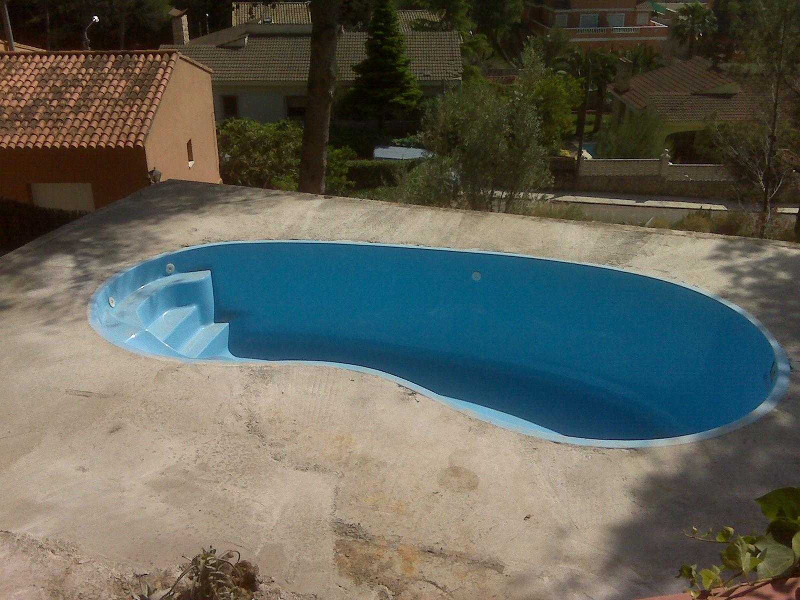 Instalacion de una piscina finest instalacion bomba y for Piscinas barpool
