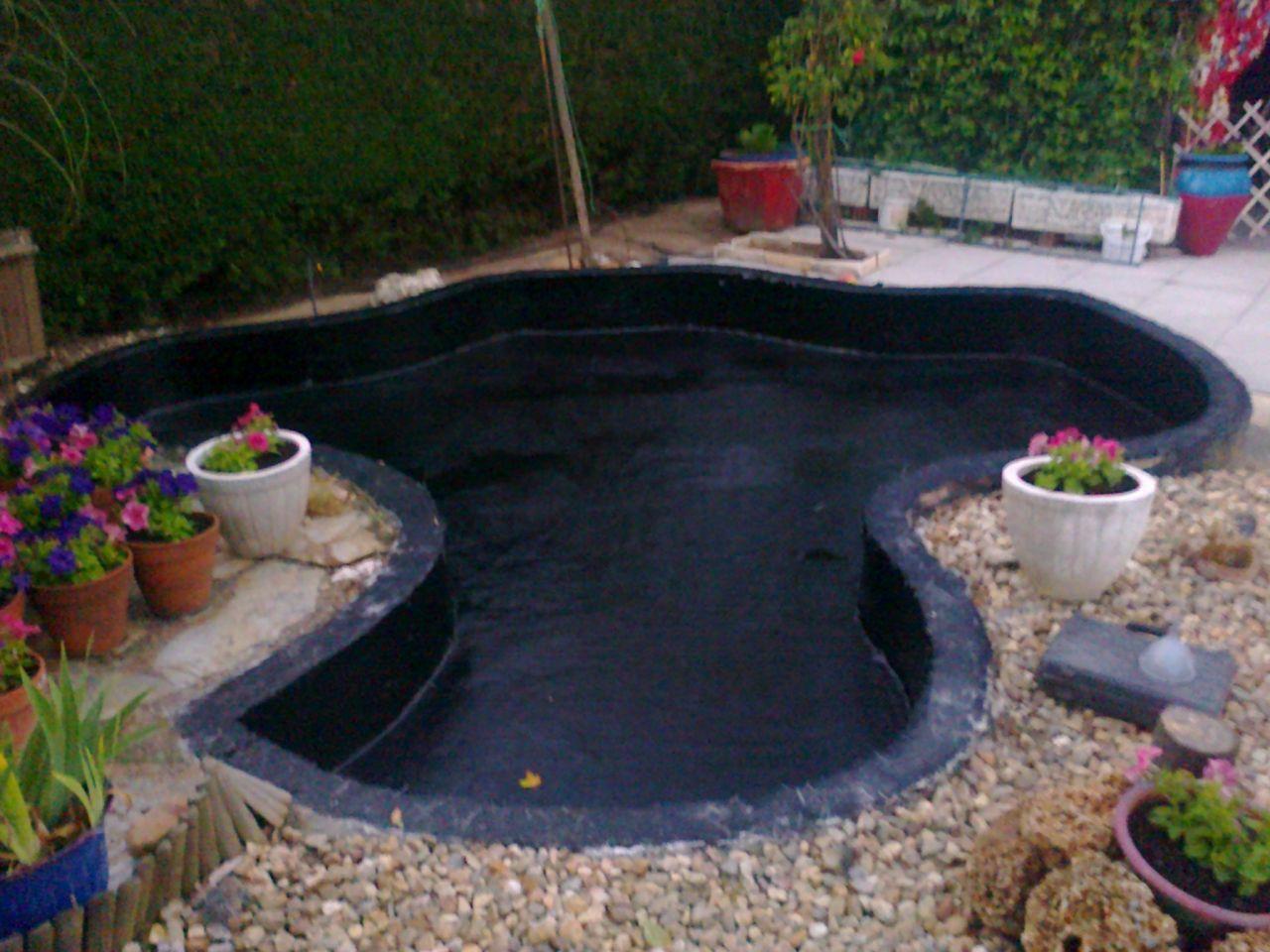 Revestimiento de estanques con prfv jardines de for Estanques para almacenar agua potable